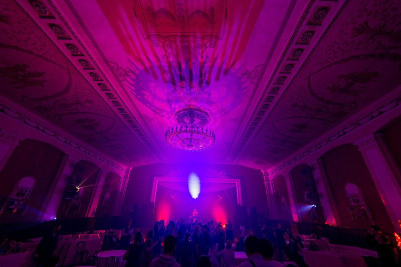 Москва мона клуб стриптиз онлайн в русском клубе